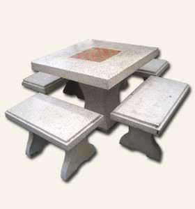โต๊ะเหลี่ยมเล็กหินขัด
